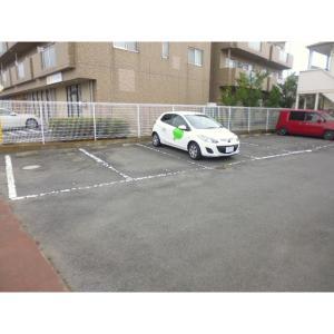 コーポヤマヨシ 物件写真2 駐車場