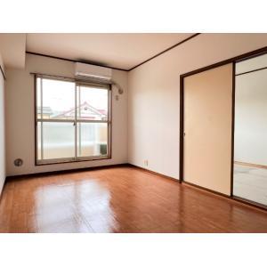 Start EleganceⅡ 部屋写真1 居室・リビング