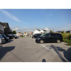 URBAN HILLSA棟 物件写真5 駐車場