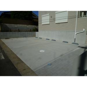 メゾン・ド・シェーヌ 物件写真5 駐車場