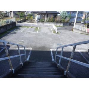 千葉市緑区おゆみ野有吉 アパート 物件写真3 駐車場