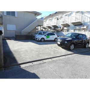 プレミール吉野 物件写真3 駐車場