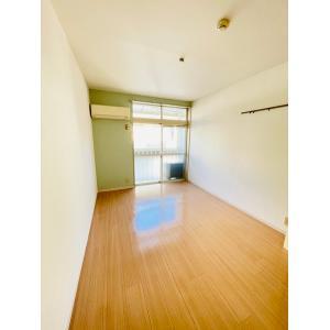 ラグナテラス 部屋写真1 居室・リビング