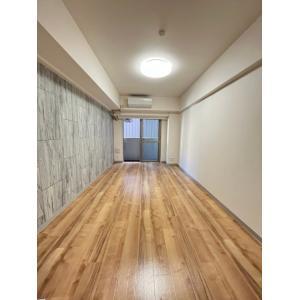 プロシード新横浜 部屋写真1 居室・リビング