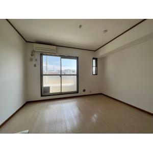 グリーンウッド梅澤A棟 部屋写真1 居室・リビング