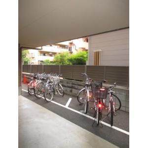 ウッドパレス駒岡 物件写真4 自転車置場あり