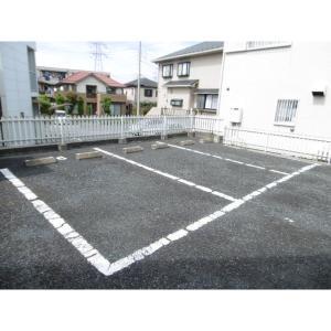 プリミエールC 物件写真3 駐車場