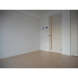 エクレール 部屋写真1 居室・リビング