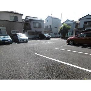 ウッドサイド浦和 物件写真3 駐車場