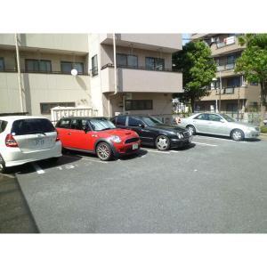 NS・CITY 物件写真3 駐車場