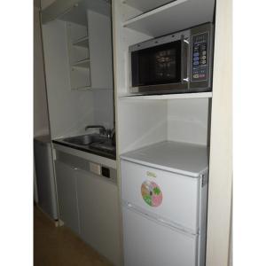 イーストワンビル 部屋写真2 キッチン