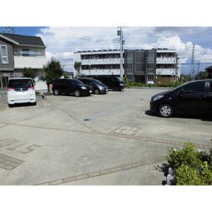 シティ オブ フレグランス Ⅰ 物件写真5 駐車場