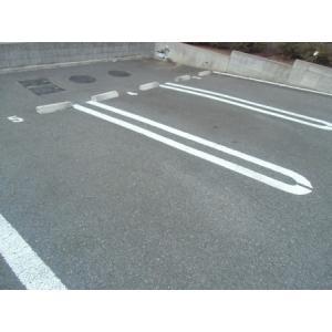 シャンプワールヒルズA棟 物件写真5 駐車場