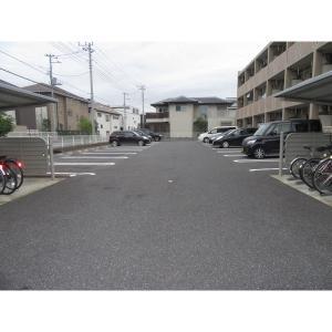 ソレアードパレス 物件写真2 駐車場