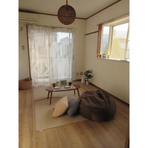 ミーティス 部屋写真1 居室・リビング