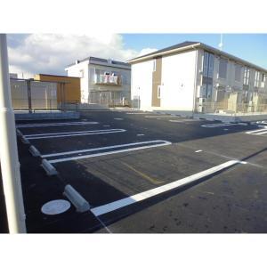 フィオーレ Ⅱ 物件写真5 駐車場