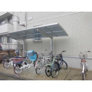 アルシオネ T 物件写真2 駐輪場