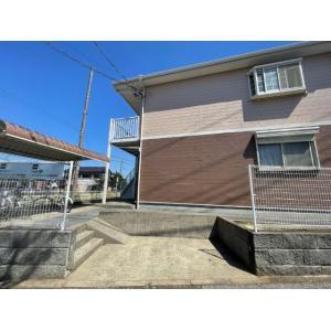 ファミーユ 物件写真4 駐車場