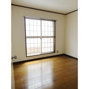 ブラウンヒル幕張 部屋写真1 居室・リビング