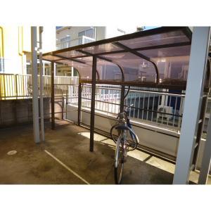 プレパルク 物件写真3 屋根付駐輪場あります
