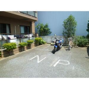 エルムハイツ 物件写真4 駐車場