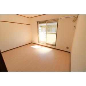 パレ・エスポワール 部屋写真1 居室・リビング