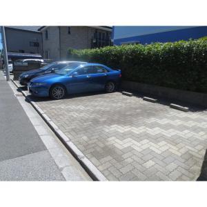 フォルトゥーナ 物件写真5 駐車場