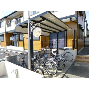 サンハイツ浦安 物件写真2 自転車置き場
