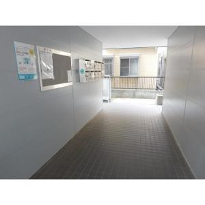 メゾン江戸川 物件写真3 駐車場