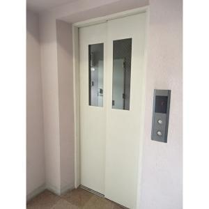サンライズマンション 物件写真5 エレベーター