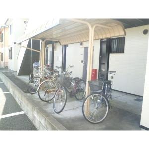 クミエル 物件写真4 駐輪場