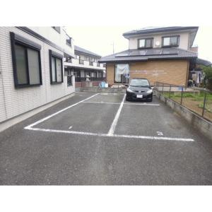 Yamayoshi ラタン館 物件写真5 駐車場