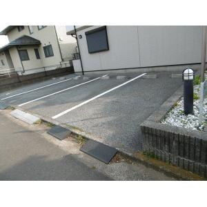 オリンピア 物件写真2 駐車場