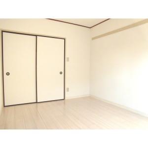 サンパレス八千代台3番館 部屋写真1 居室・リビング