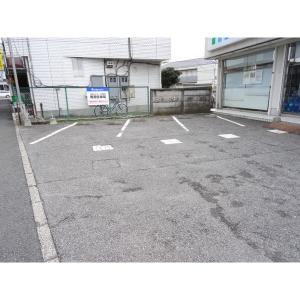 第2フローライトビル 物件写真2 駐車場