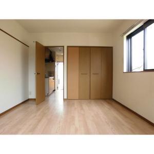 パークサイドハイツ 部屋写真1 居室・リビング