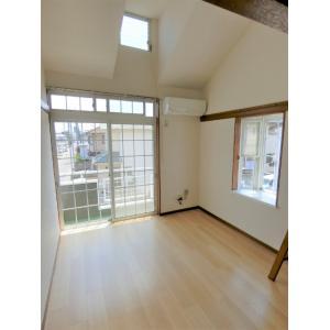 リバティー貝沢 部屋写真1 居室・リビング