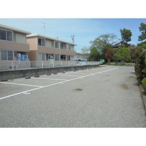 サンフローラ沼南B 物件写真3 駐車場