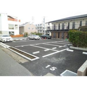 テスタ入船 物件写真5 敷地内駐車場