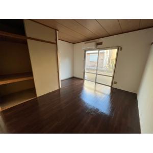 ハイツベル 部屋写真1 居室・リビング