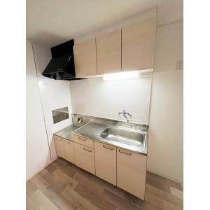 幸ファミリーマンション 部屋写真2 キッチン