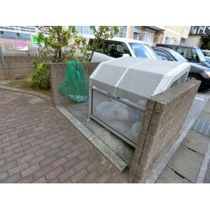 コーン・ガーデン 物件写真3 ゴミ置き場
