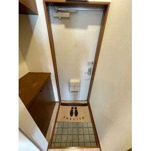サブ・ガーデン 部屋写真5 玄関