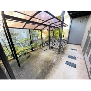 ラフィーネ 物件写真5 駐輪場
