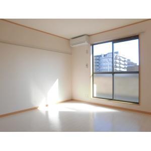エルバルコン 部屋写真1 居室・リビング