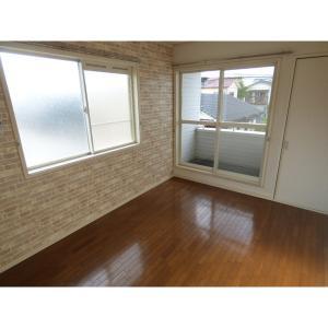 ファインコート新浦安 部屋写真1 2階角部屋