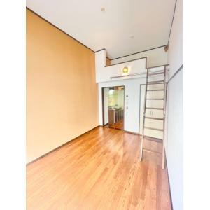 クリームハイツB 部屋写真1 居室・リビング