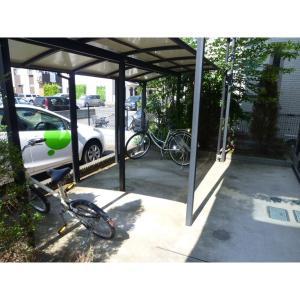 オルロジェ 物件写真3 駐輪場