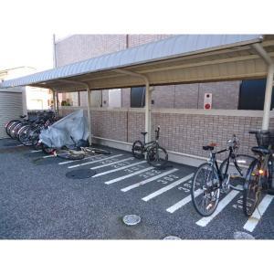 レヴェリー 物件写真3 駐輪場