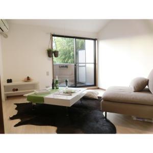LUX・Apartment羽沢part2 部屋写真1 居室・リビング